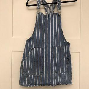 ☀️2/$22☀️Garage Denim Overall Skirt